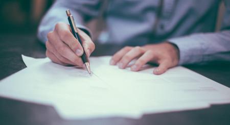 Reglementarea chiriilor datorate de firme și persoane fizice