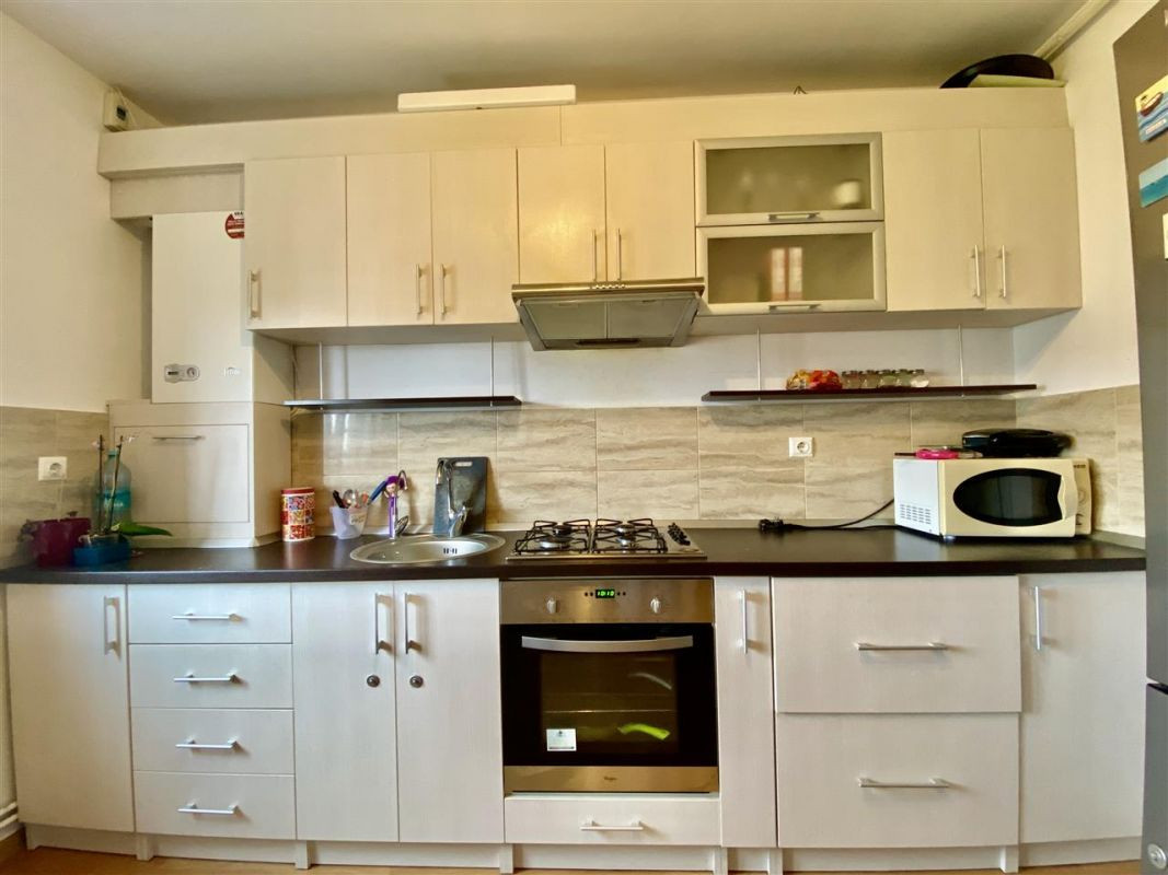 Apartament 3 camere, decomandat, PLAVAT II - ID V465 1