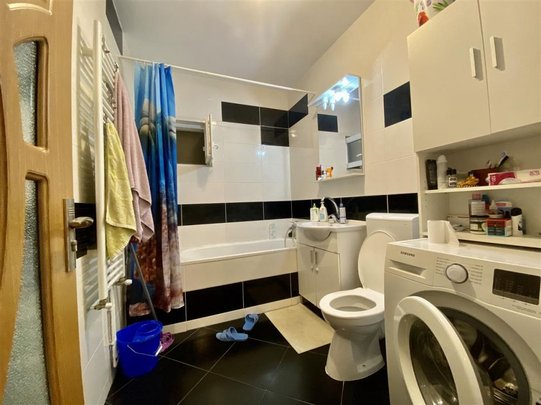 Apartament 3 camere, decomandat, PLAVAT II - ID V465 6