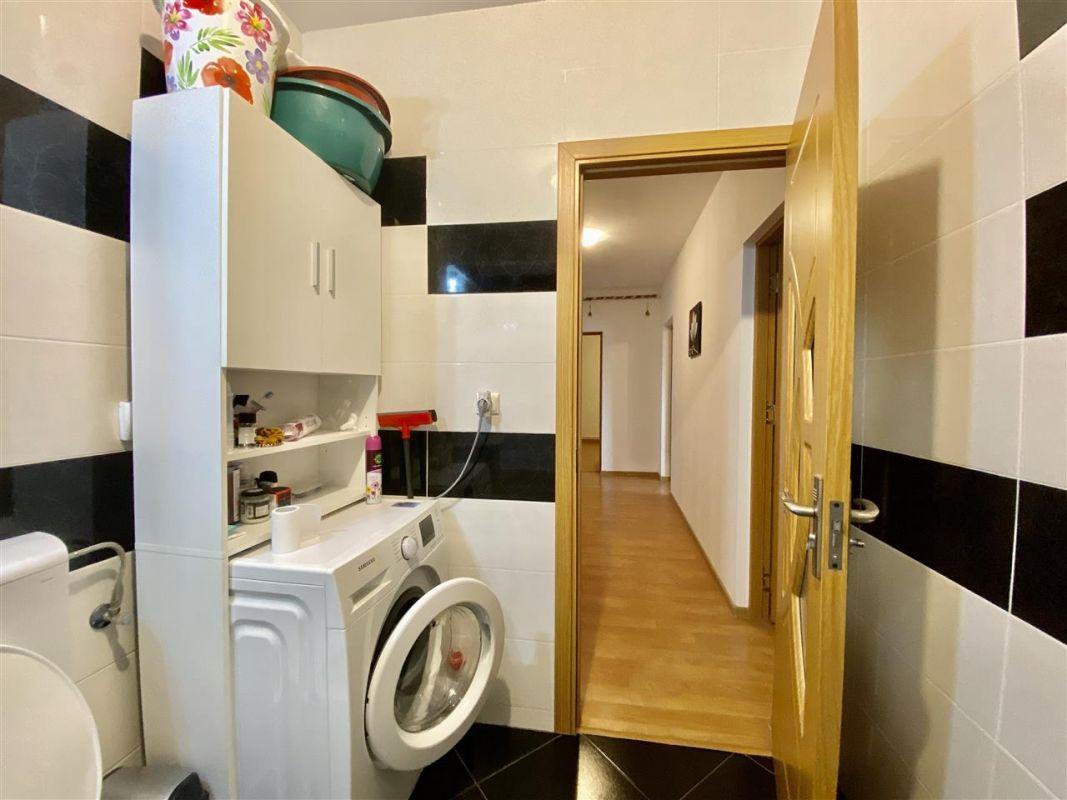Apartament 3 camere, decomandat, PLAVAT II - ID V465 15