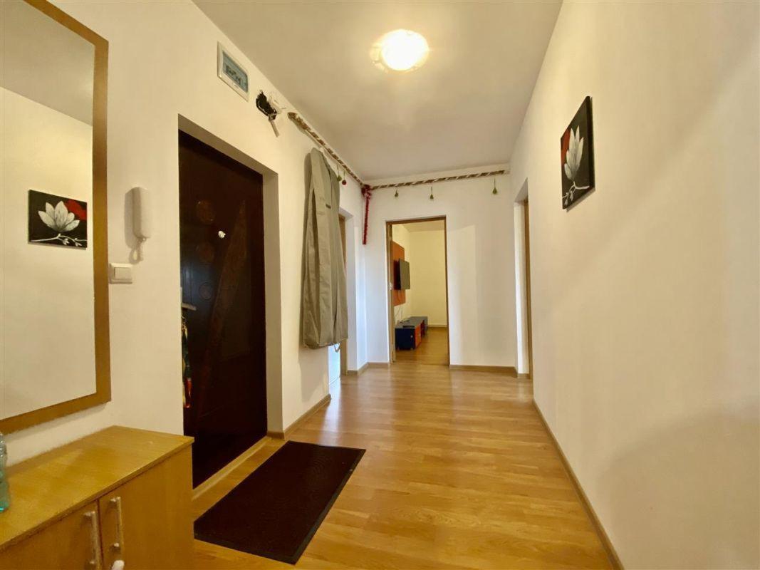 Apartament 3 camere, decomandat, PLAVAT II - ID V465 16