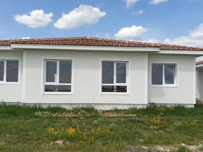 Casa tip duplex 3 camere Mosnita Noua - ID V338