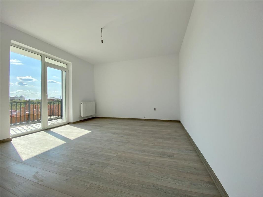 Apartament 2 camere de vanzare balcon loc de parcare in GIROC - ID V47 1
