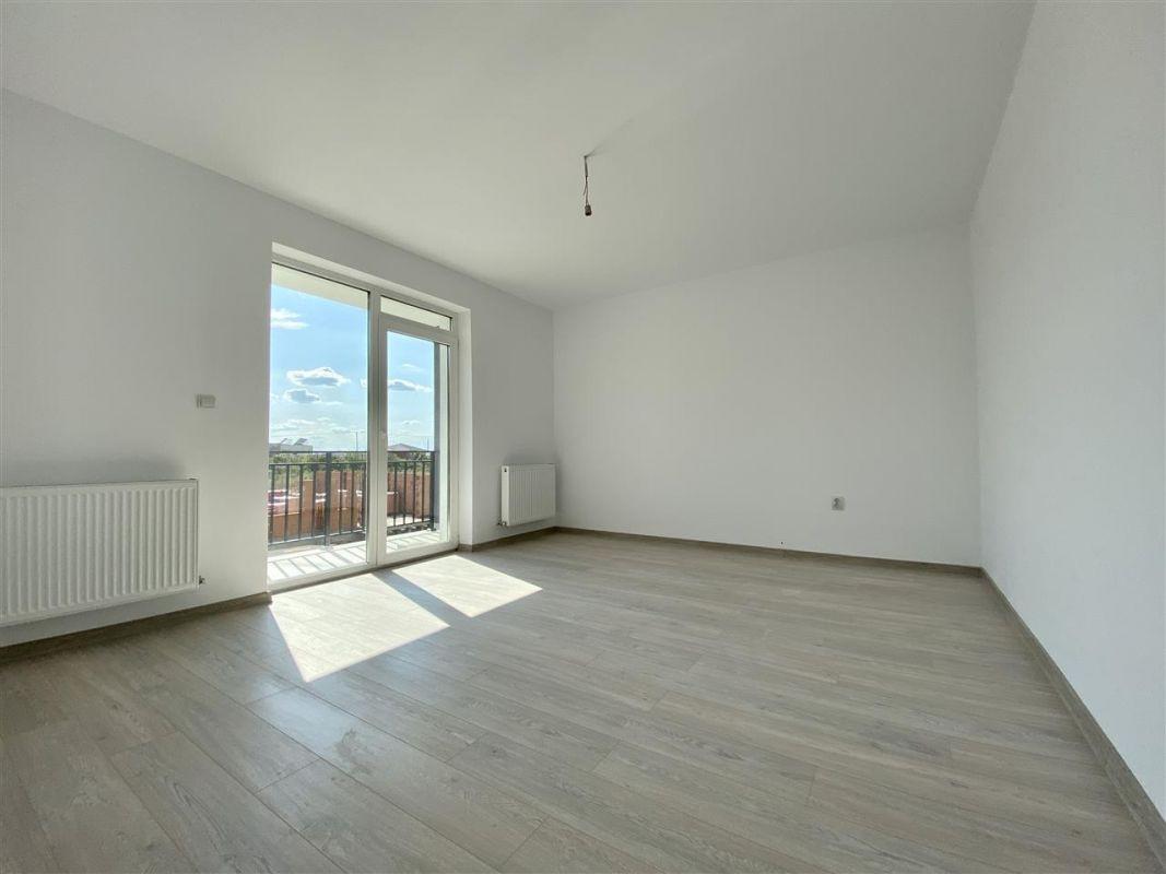 Apartament 2 camere de vanzare balcon loc de parcare in GIROC - ID V47 15