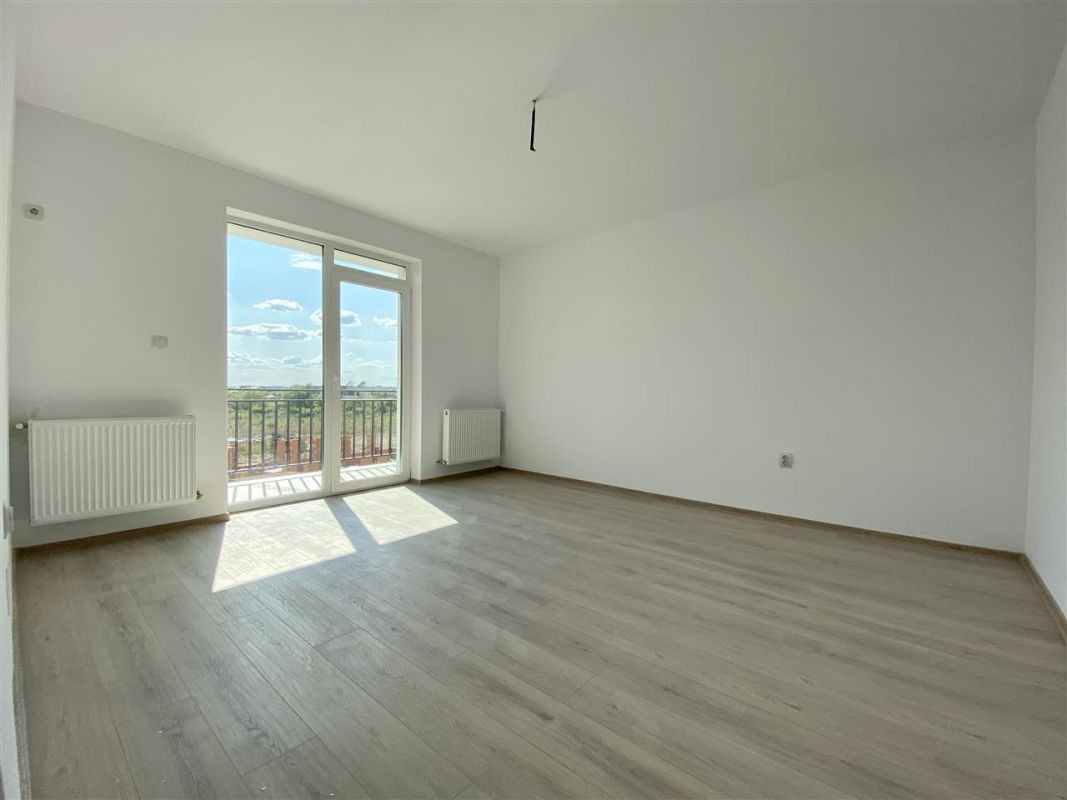 Apartament 2 camere de vanzare balcon loc de parcare in GIROC - ID V47 21
