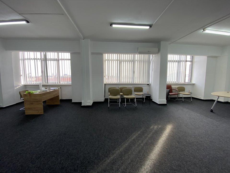 Spatiu de birouri central Piata 700 - 50mp 2