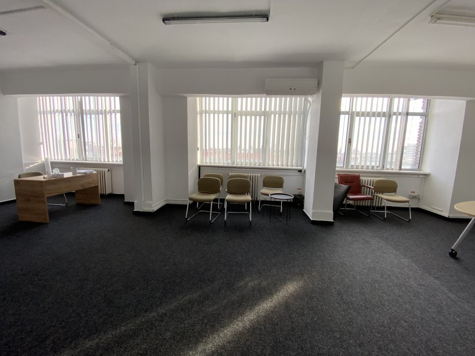 Spatiu de birouri central Piata 700 - 50mp 5