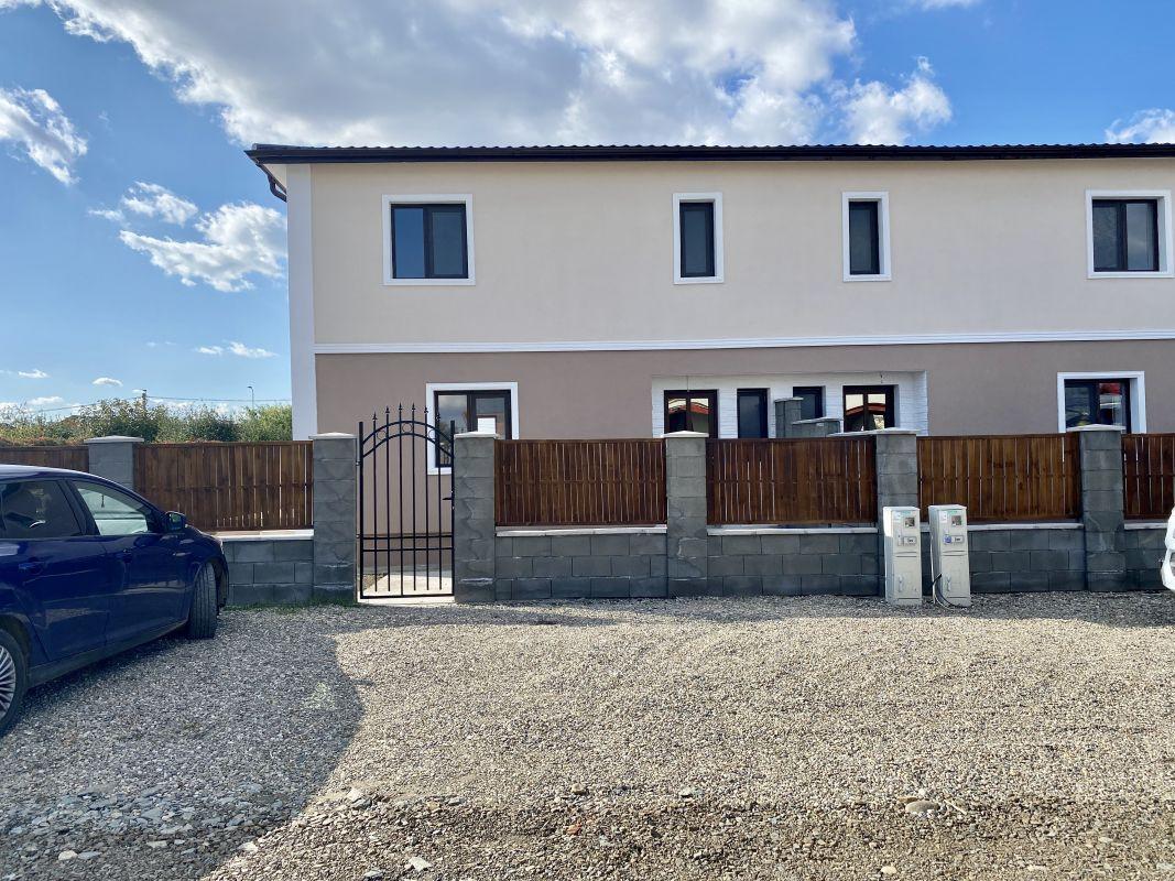 Ultima casa disponibila cu predare in doua saptamani  - V499 1