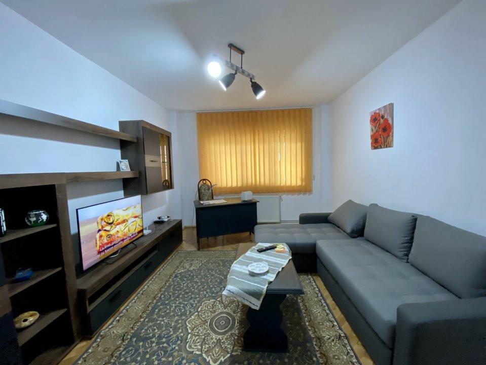 Apartament de inchiriat, 2 camere, decomandat, centrala proprie - C1550 8