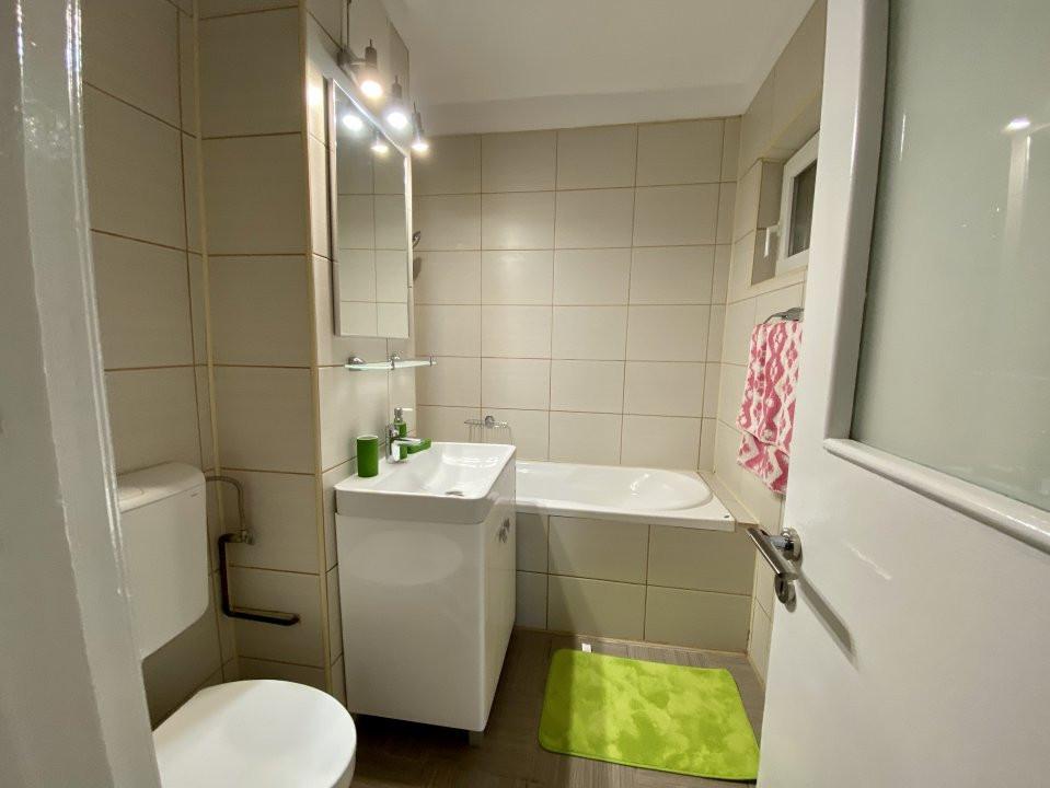 Apartament de inchiriat, 2 camere, decomandat, centrala proprie - C1550 12
