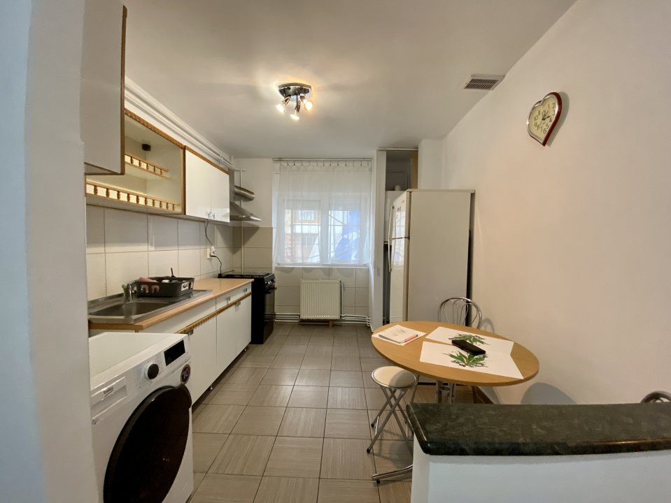 Apartament de inchiriat, 2 camere, decomandat, centrala proprie - C1550 2