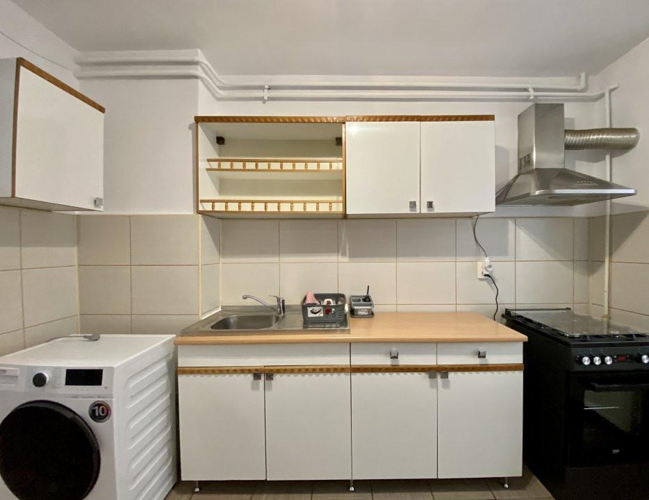 Apartament de inchiriat, 2 camere, decomandat, centrala proprie - C1550 1