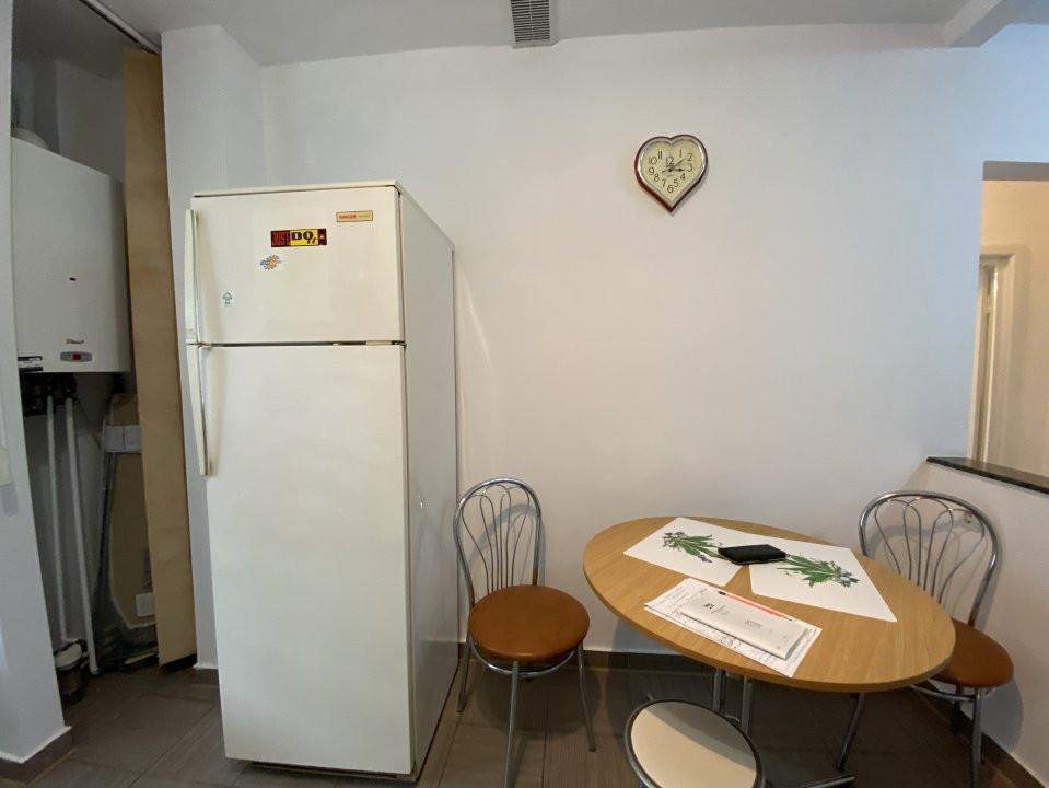Apartament de inchiriat, 2 camere, decomandat, centrala proprie - C1550 3