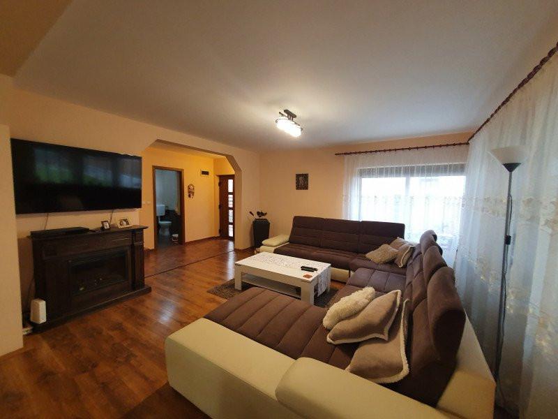 Vila 4 camere - Sanmihaiu Roman   Complet mobilata & utilata - V1555 2