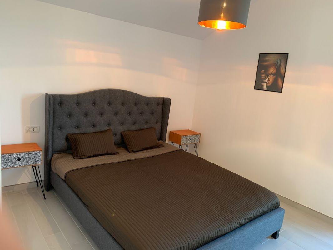 Inchiriez apartament 2 camere - Dumbravita padure 8