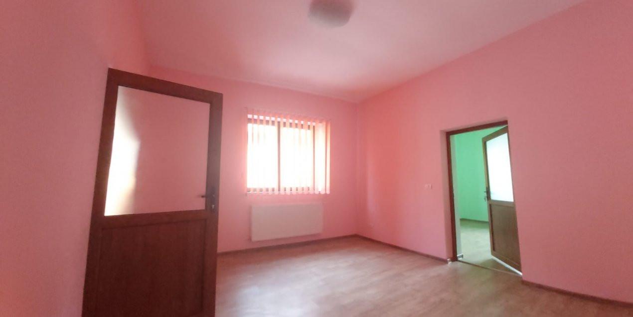 De inchiriat(locuit/birouri) / de vanzare casa individuala N- C1678 4