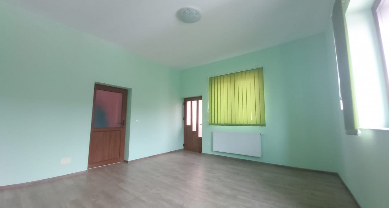 De inchiriat(locuit/birouri) / de vanzare casa individuala N- C1678 5