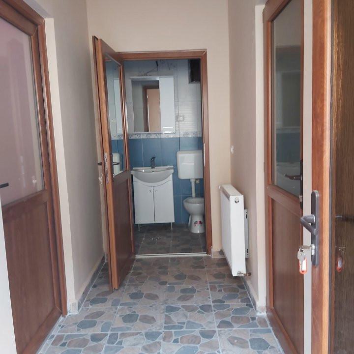 De inchiriat(locuit/birouri) / de vanzare casa individuala N- C1678 10