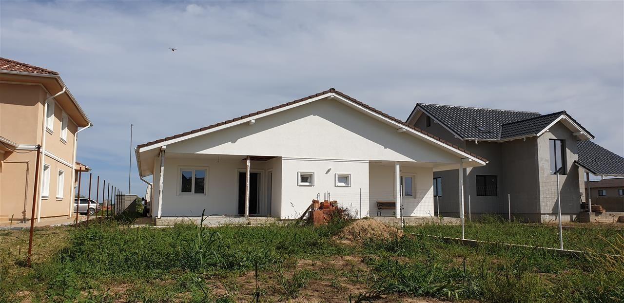 Casa tip duplex 3 camere de vanzare Mosnita Noua - ID V470 2