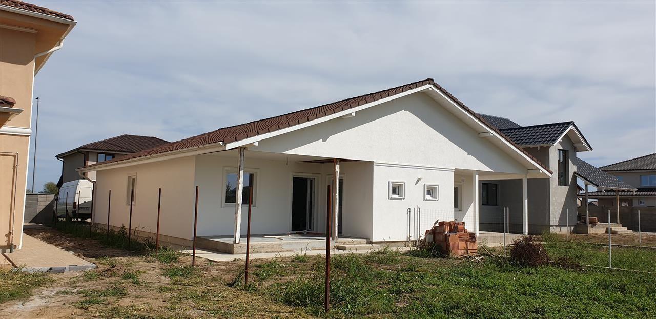 Casa tip duplex 3 camere de vanzare Mosnita Noua - ID V470 1
