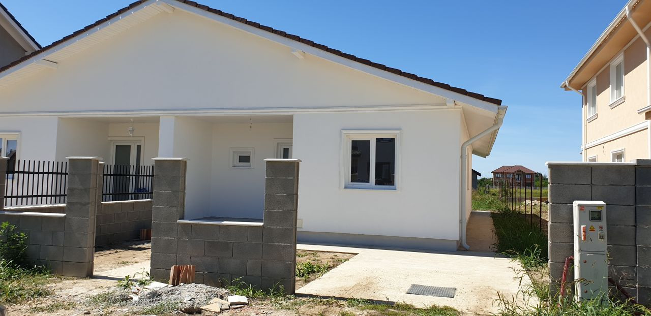 Casa tip duplex 3 camere de vanzare Mosnita Noua - ID V470 3