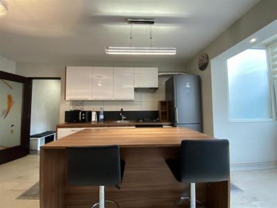 Apartament cu 3 camere Șagului - ID C413