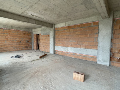 Apartament cu 2 camere - SemiDecomandat - Complex Nou si Modern in Giroc - V1666
