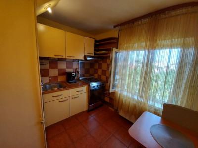 Apartament 2 camere, decomandat, etaj 3, zona Steaua - V1713