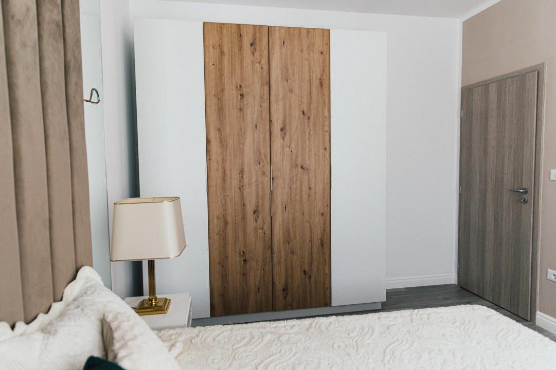 Apartament modern cu doua camere, design deosebit - Giroc 7