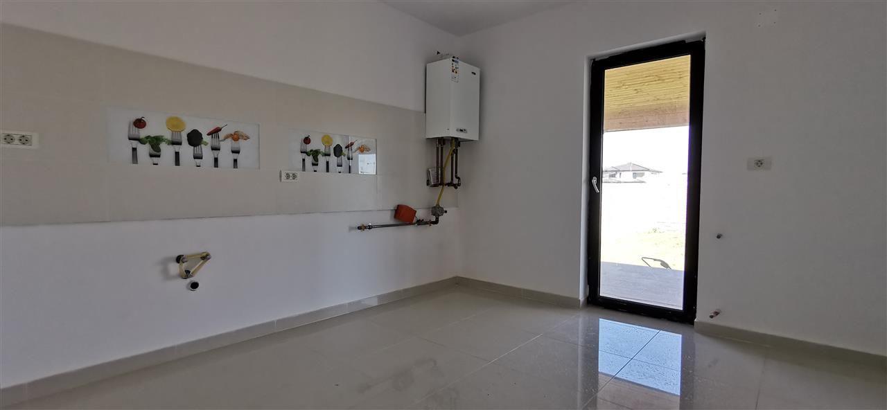 Casa tip duplex de vanzare 5 camere Giroc - ID V448 5