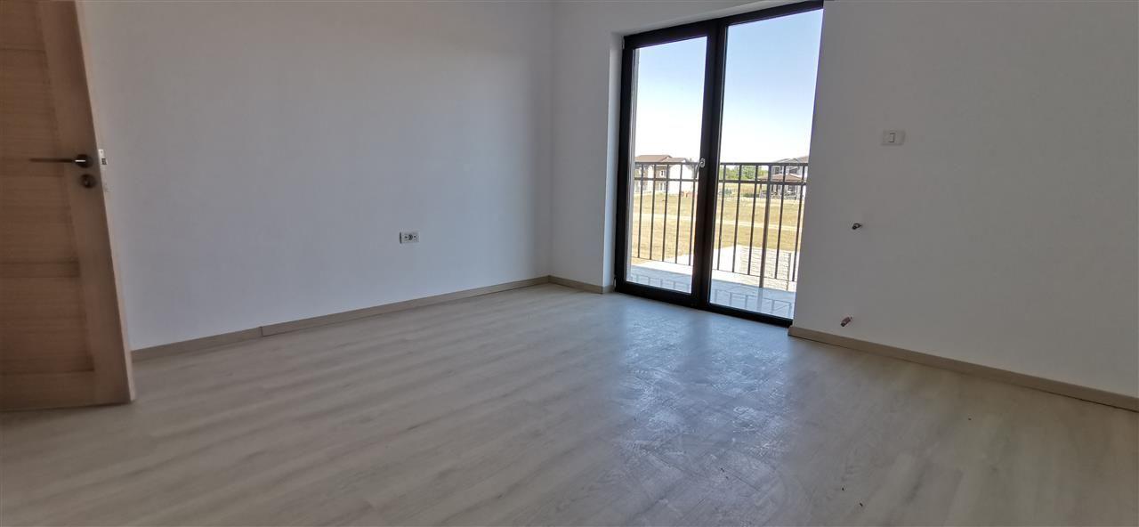 Casa tip duplex de vanzare 5 camere Giroc - ID V448 12