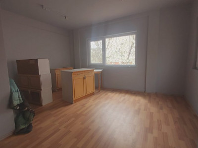 De inchiriat spatiu birou sau alte activitati, zona Bucovina - C1733