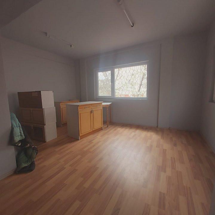 De inchiriat spatiu birou sau alte activitati, zona Bucovina - C1733 1