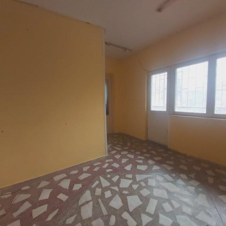 De inchiriat spatiu birou sau alte activitati, zona Bucovina - C1733 5