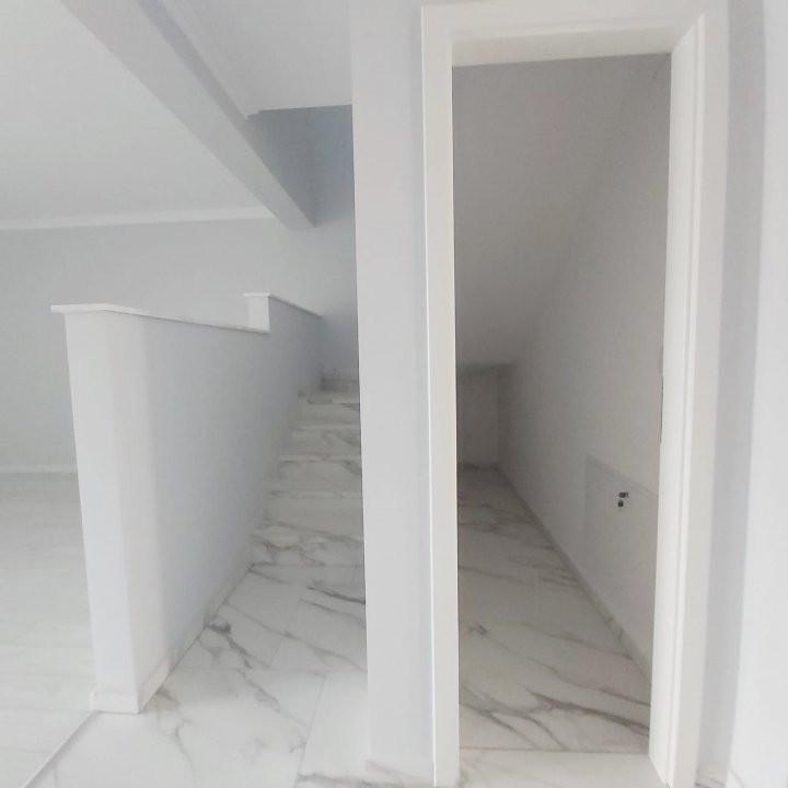 Duplex de inchiriat, PRIMA INCHIRIERE, nemobilat/mobilat , zona Cora- C1737 9