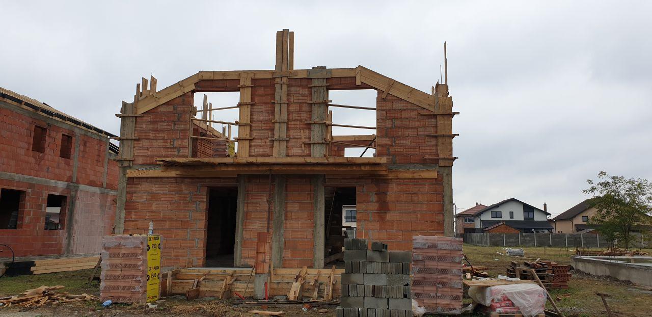 Casa tip duplex 3 camere de vanzare Mosnita Noua 3