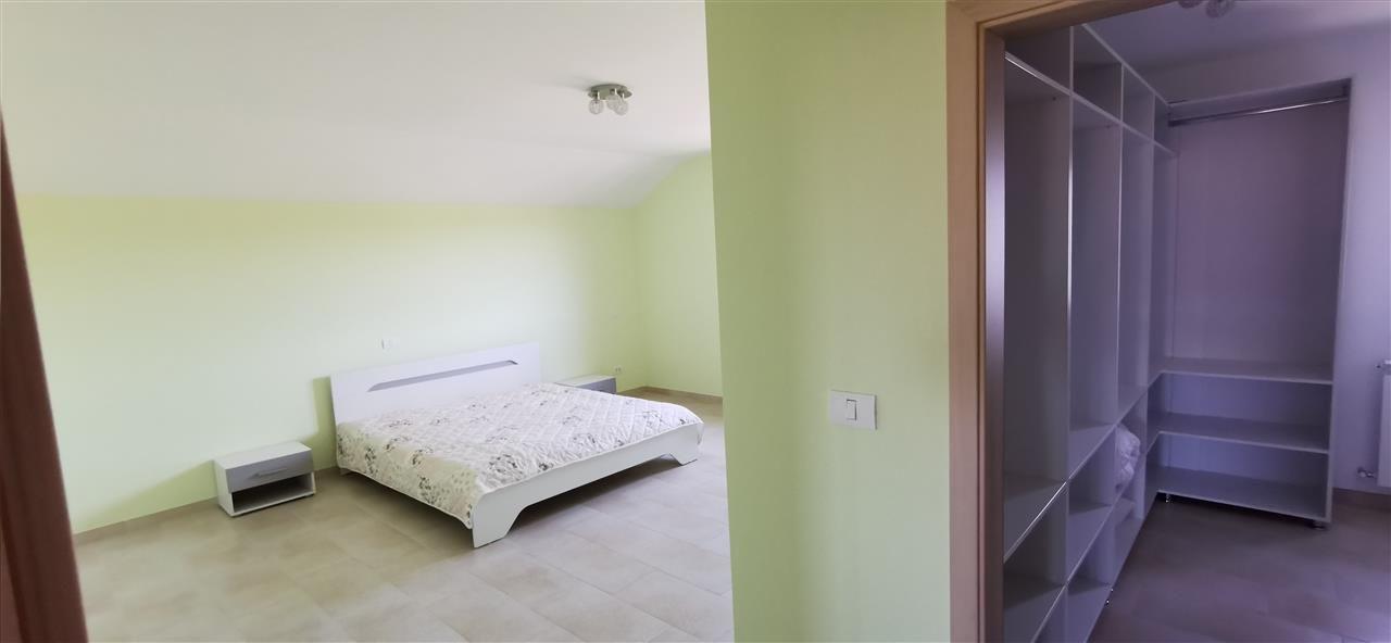 Vila 7 camere in Giroc - ID V438 25
