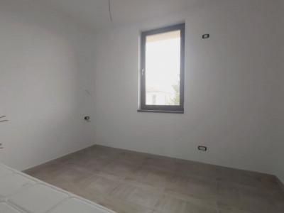 Duplex de inchiriat, nemobilat sau posibilitate de mobilare, 4 camere - C1766
