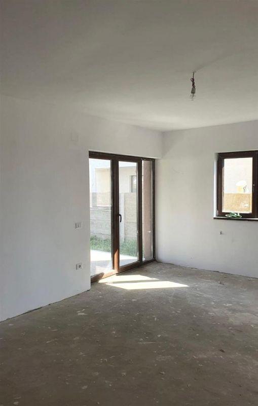 Casa tip duplex de vanzare in zona Dumbravita - ID V437 6