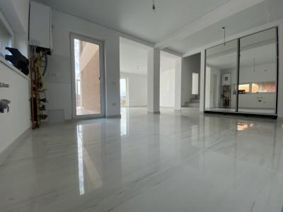Duplex 5 camere Mosnița Nouă