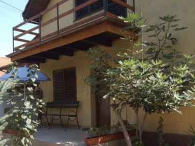 Casa individuala de vanzare in zona Take Ionescu