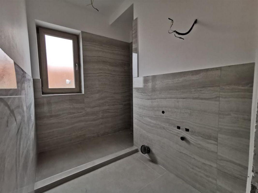 Casa tip duplex 6 camere in Chisoda - ID V430 4