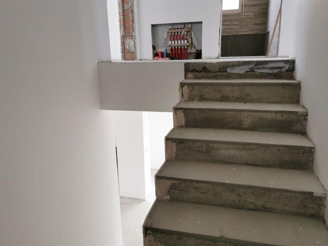 Casa tip duplex 6 camere in Chisoda - ID V430 8