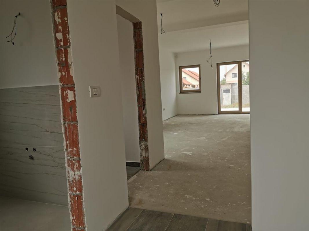 Casa tip duplex 6 camere in Chisoda - ID V430 12
