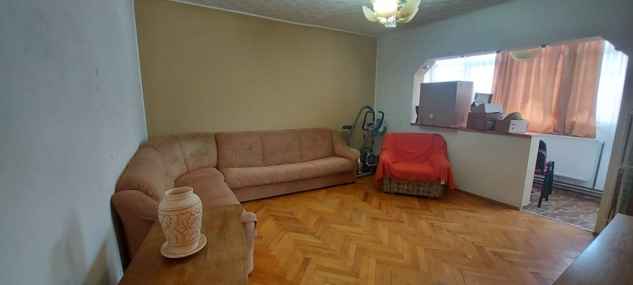 Apartament 3 camere, decomandat, zona Dambovita - V1797 5