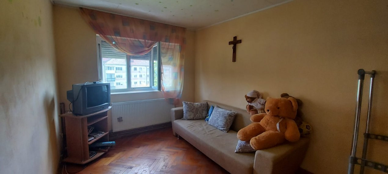Apartament 3 camere, decomandat, zona Dambovita - V1797 8