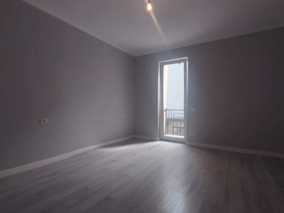 Apartament cu 3 camere, etaj 2/2, zona Cora, Dumbravita - V1802