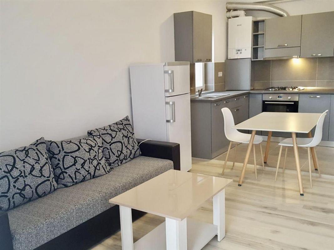 Apartament cu 2 camere de inchiriat zona Dumbravita Negociabil - ID C429 1