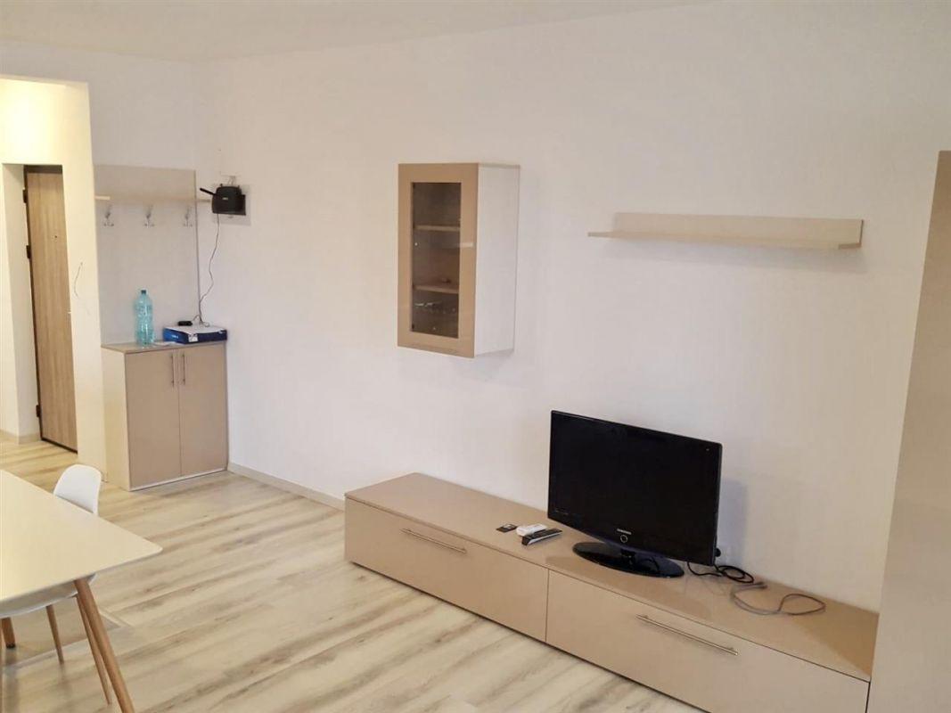 Apartament cu 2 camere de inchiriat zona Dumbravita Negociabil - ID C429 4