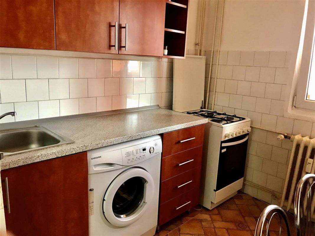 Apartament cu 2 camere de inchiriat zona Circumvalatiunii Negociabil - ID C423 5